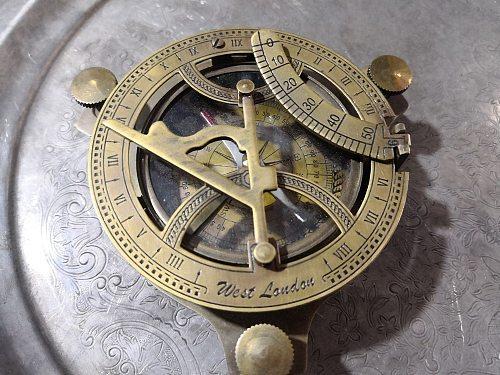 [Retro] Christmas Medieval ornaments folding sundial copper decorative nautical compass Halloween