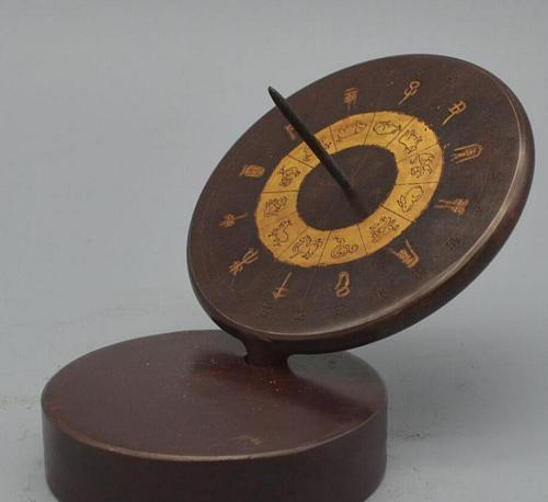 Copper Statue Brass imitation copper sundial compass sun height measurement ancient timepieces