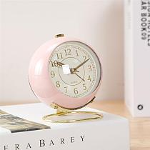 Retro Style Metal Alarm Clock Round Desktop Alarm Clock Bedside Alarm Clock Desktop Decoration