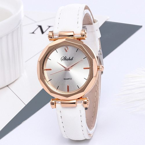 Fashion Watches Women Leather Casual Watch Luxury Analog Quartz Crystal Wristwatch Simple Style Ladies Girls Clock Gifts Damenuh
