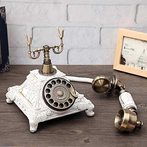 1pc Novelty Retro Telephone Figurine Miniature Vintage Telephone House Decoration Living Room Cafe Home Decoration