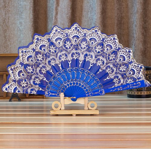 Folding Fans Hollow Lace Chinese Style Dance Wedding Hand Fan Folding Held Flowers Fans Decorative 2021 New Held Flower Fan #50g