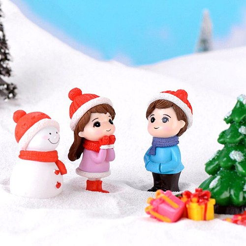 1Pair Sweety Lovers Couple Winter Couple DIY Mini Miniature Figurine Snowman Micro Landscape Garden Decor
