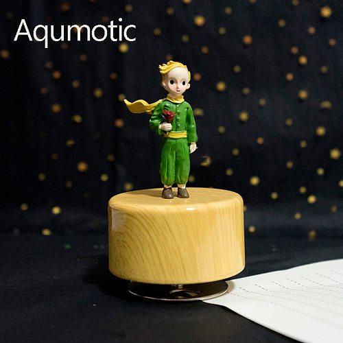 Aqumotic Little Prince Clockwork Music Box Resin Princekin Rotation Round Base Musical Boxes Crafts Retro Gift Home Decoration