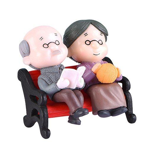 Mini Grandma Grandpa Couple Figures Miniature Figurines Fairy Garden Accessories Garden Ornament Micro Landscape CLH@8