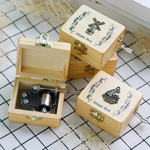 1Pc Random music Hand-operated music box Castle In The Sky Hand Cranked Wood music box Christmas Birthday Girl friend Gift Hot