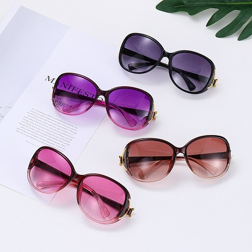 1 PC Vintage Oversized Sunglasses Women Retro Shades UV400 Designer Trendy Style Eyewear Summer Fashion Sun Glasses