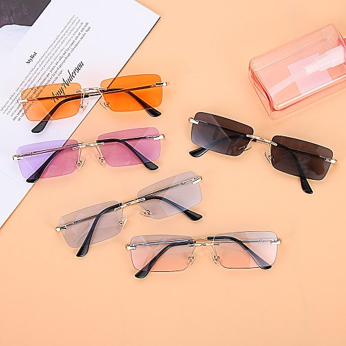 Women Men Rectangle Rimless Sunglasses Square Vintage Glasses Luxury Design Retro Small Frame Gradient Glasses UV400 Eyewear