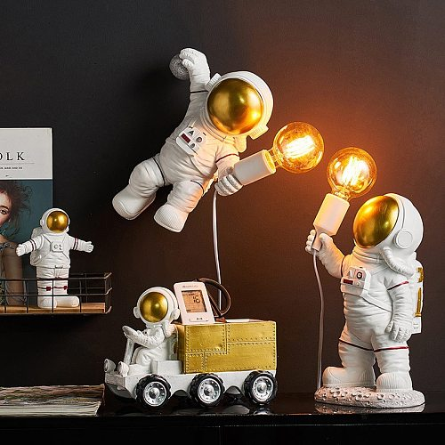 nordic seletti Astronaut Table Lamps Resin Desk Lamp Bedroom Lamp home decoration Living Room Decor Space Man