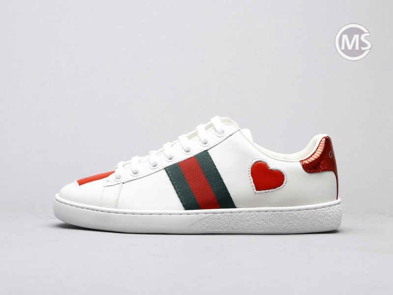 Gucci Ace Embroidered Hearts W