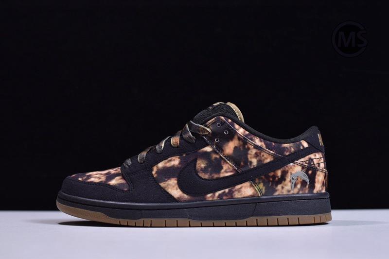 Nike SB Dunk Low Pushead 2