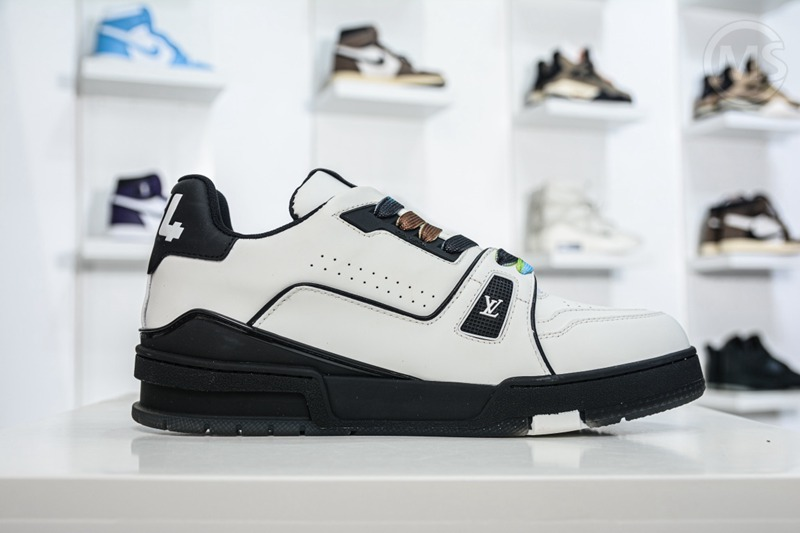 Louis Vuitton Trainer Sneaker