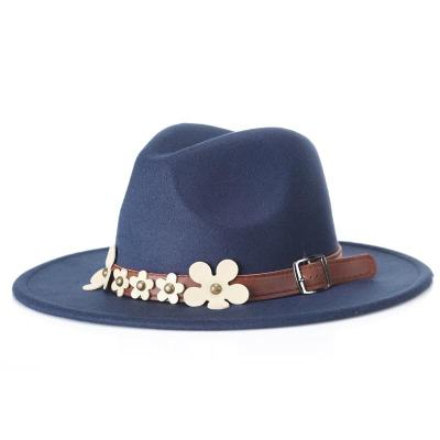 New British Fashion Jazz Hat with Five Small White Flowers In Autumn and Winter