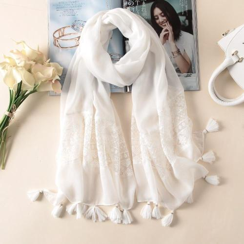 2020 New Fashion White Lace Floral Tassel Viscose Shawl Scarf Luxury Brand Laser Cut Wrap