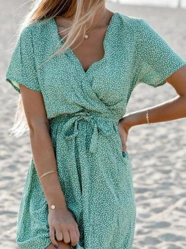 Green Short Sleeve Shift Polka Dots V Neck Dresses With Necklace