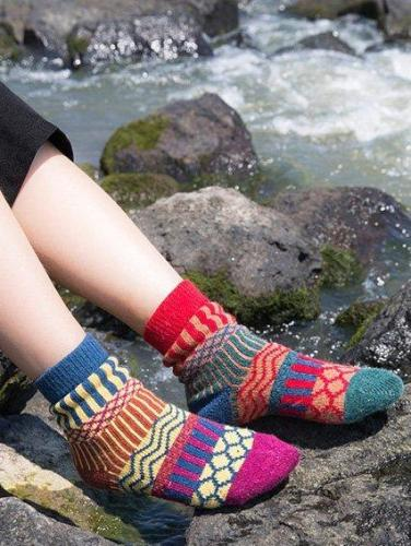 Women's casual socks