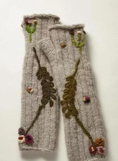 Light Gray Knitted Tribal Gloves & Mittens