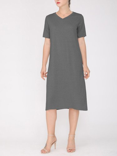 Women Plus Size Slit V Neck A-line Solid Shift Casual Midi Dress
