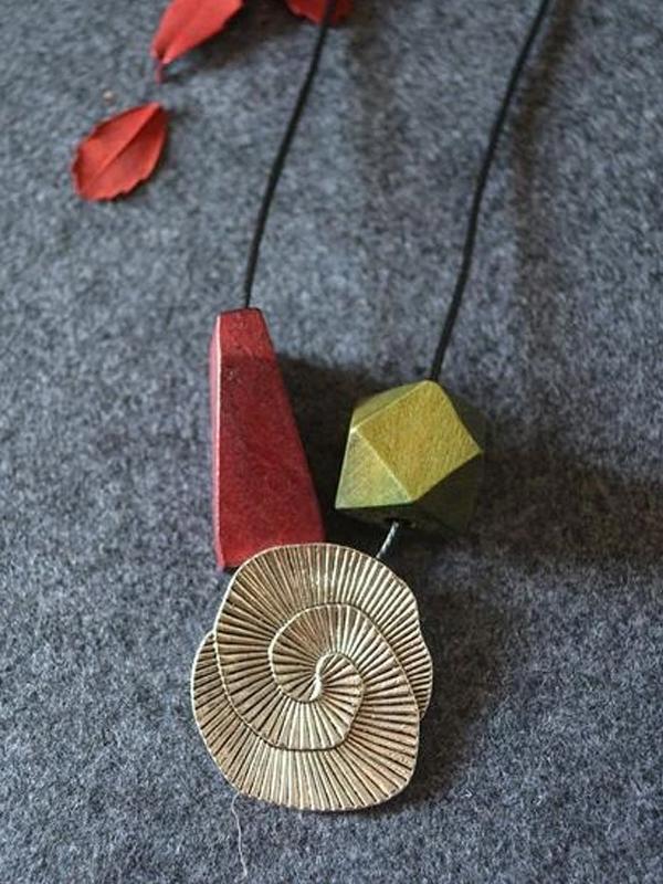 Vintage Irregular Wood Alloy Necklace