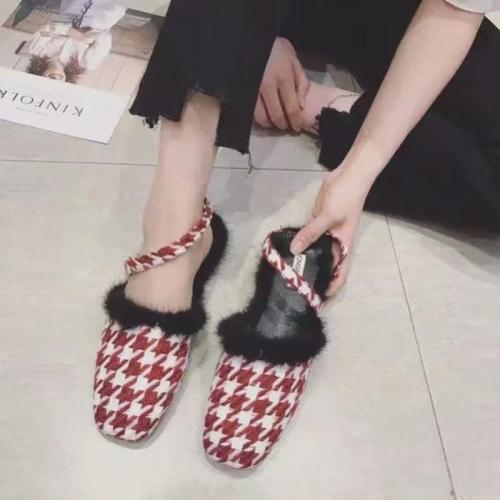 Women Closed Toe Sandals Casual Comfort Shoes
