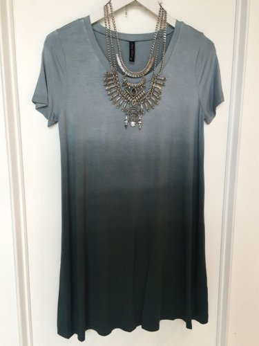 Round Neck Short Sleeve Casual Shirts & Tops