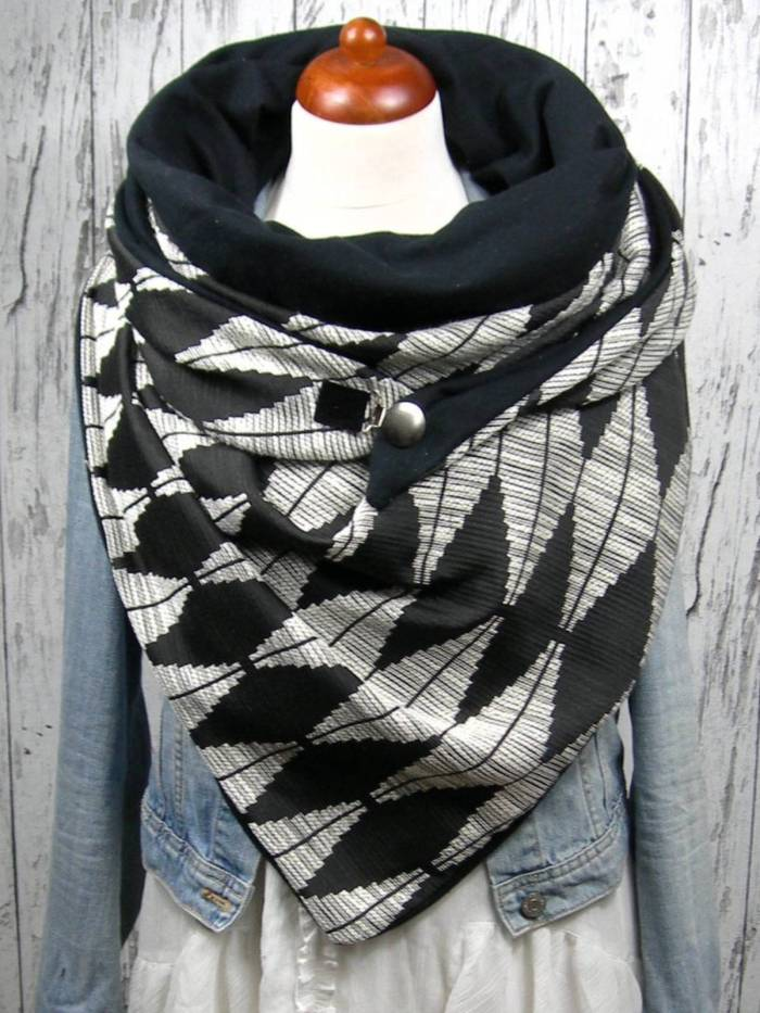 Black Casual Printed Cotton Scarves