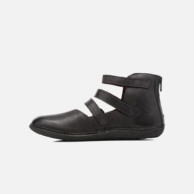 Flat Heel Adjustable Buckle Leather Shoes