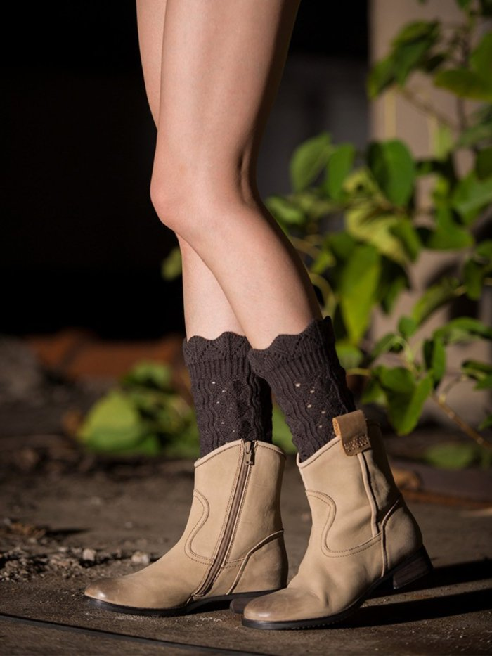 Short Hollowing Out Ankle Socks