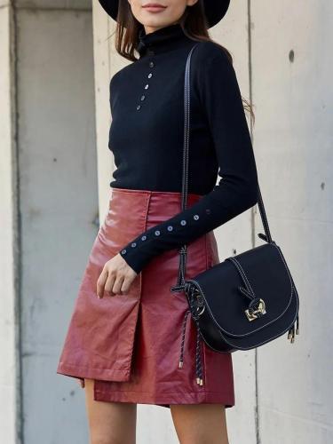 Black Simple & Basic Long Sleeve Sweater