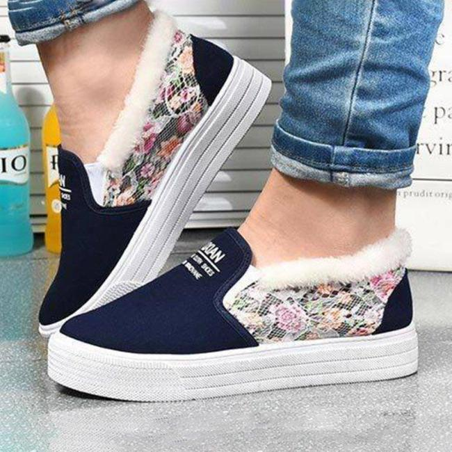 Women Flat Heel Slip On Warm Loafers Casual Shoes