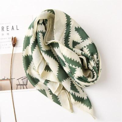 98*98cm Ladies Fashion Green Geometric Contrast Cotton Scarves Women Soft Large Square Scarf Beach Shawl