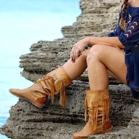 Yellow Fall Tassel Flat Heel Boots