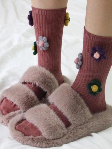 Three-dimensional flower cotton women's vertical tube socks