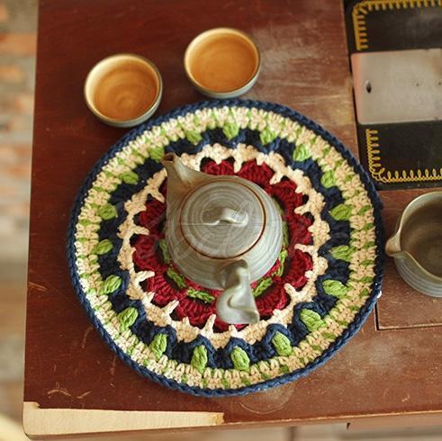 Mandala Flowers Hand-woven Tray Mat