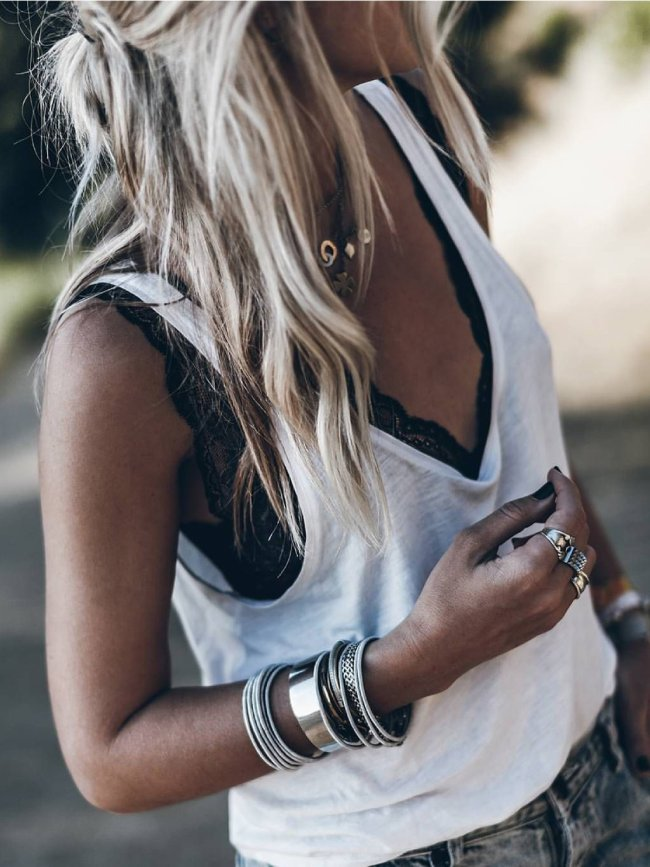 White Solid V Neck Casual Shirts & Tops