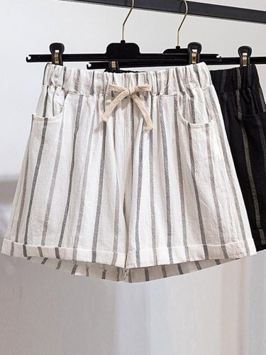 Plus Size Women Striped Casual Shorts