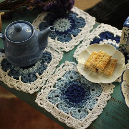 Handmade Blue And White Porcelain Plate Cushion Set