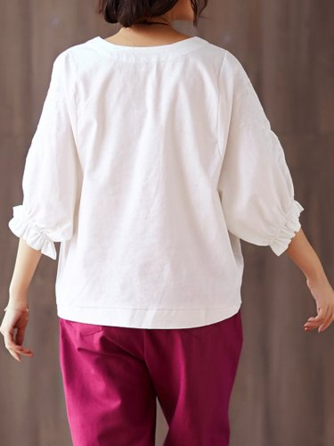Embroidered  Loose Large Size Trumpet Sleeves Blouse Shirt