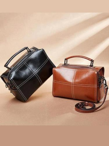 Leather vintage elegant handbag