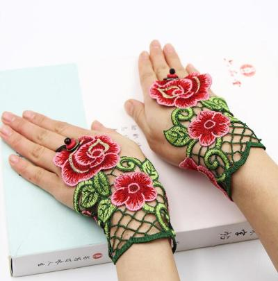 Women's vintage national hollow out fingerless flower embroidery gloves female performance dancing decoration glove R1020
