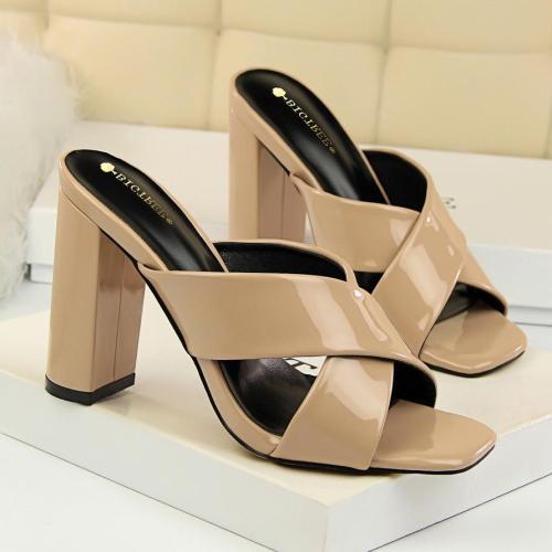 Women Sexy Thick Heels Open Toe Heels Leather Sandals High Heel Slippers