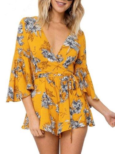 Women Chiffon Overlay Flare Sleee Floral Print Romper Dress
