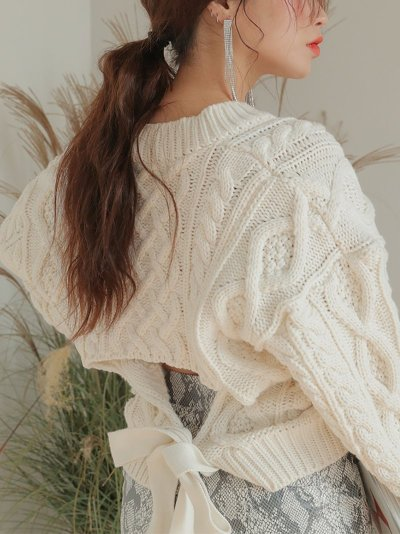 Fashion Pure Colour Back Waist Belted Round Neck Sweater