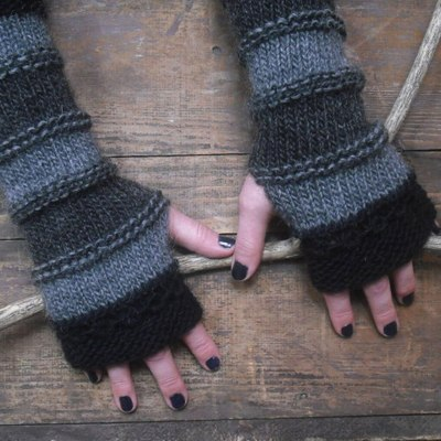 Women Winter Knitted Gloves Long Fingerless Gloves Winter Fashion Stitching Striped Warm Long Gloves Female