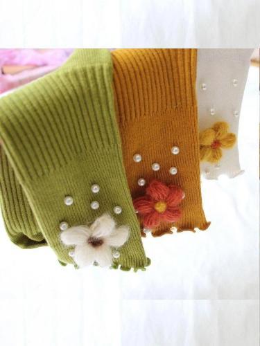 Three-dimensional flower small pearl ladies socks