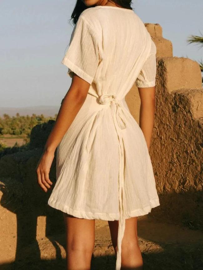 White Short Sleeve A-Line Dresses