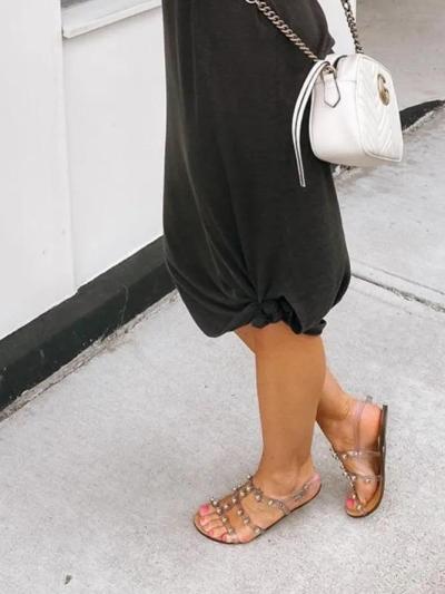 Black Solid Sleeveless Round Neck Dresses