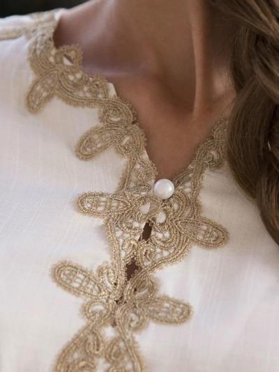 Women 3/4 Sleeve Linen Boho V Neck Appliqued Top