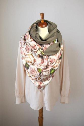 Casual printed velvet scarf