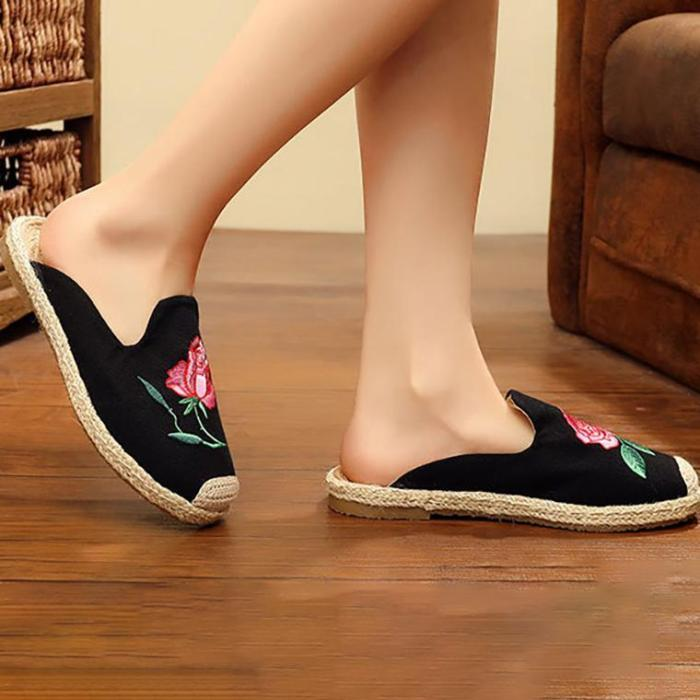 Women Canvas Slippers Casual Comfort Floral Embroidered Shoes